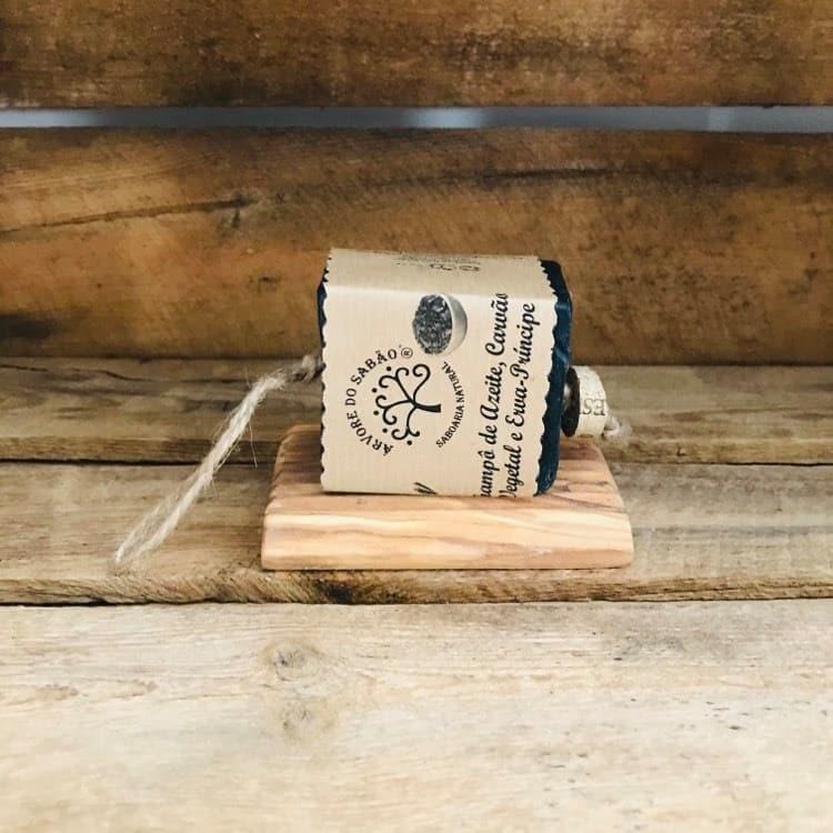 Shampoing solide et support en bois d'olivier