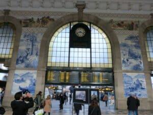 Gare de São Bento à Porto